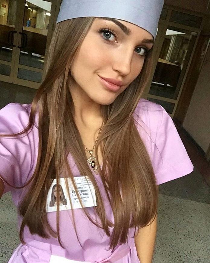 Frennechka-mladá-zubárka-z-Bieloruska-6